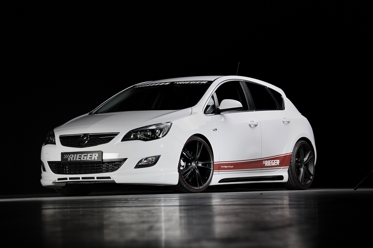 Пороги Opel Astra J Carbon-Look